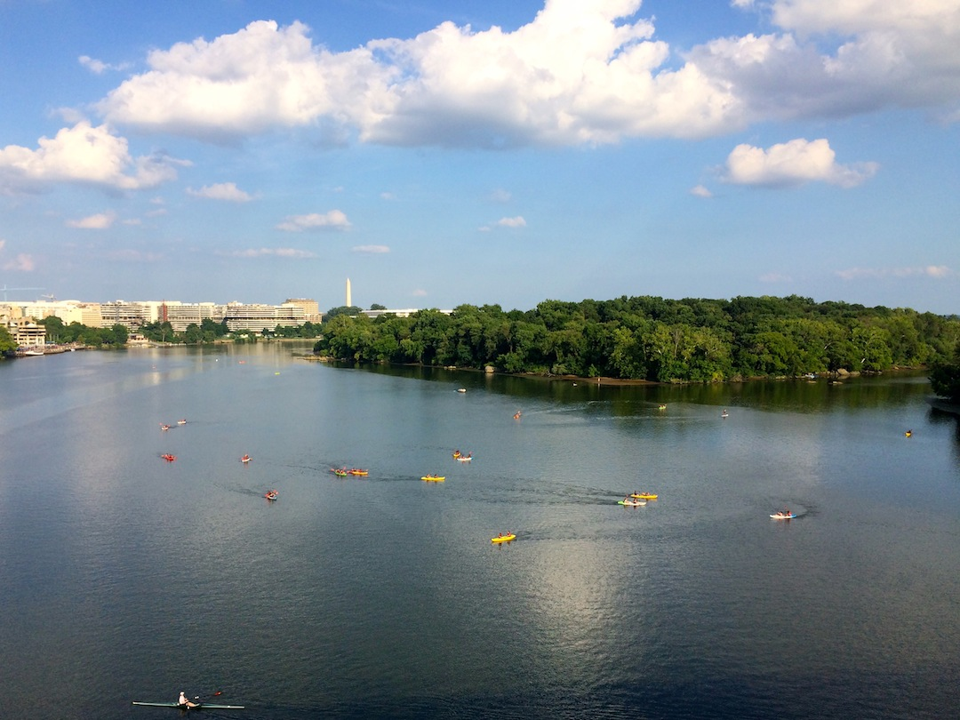Paddleboarding and kayaking in DC on the Potomac