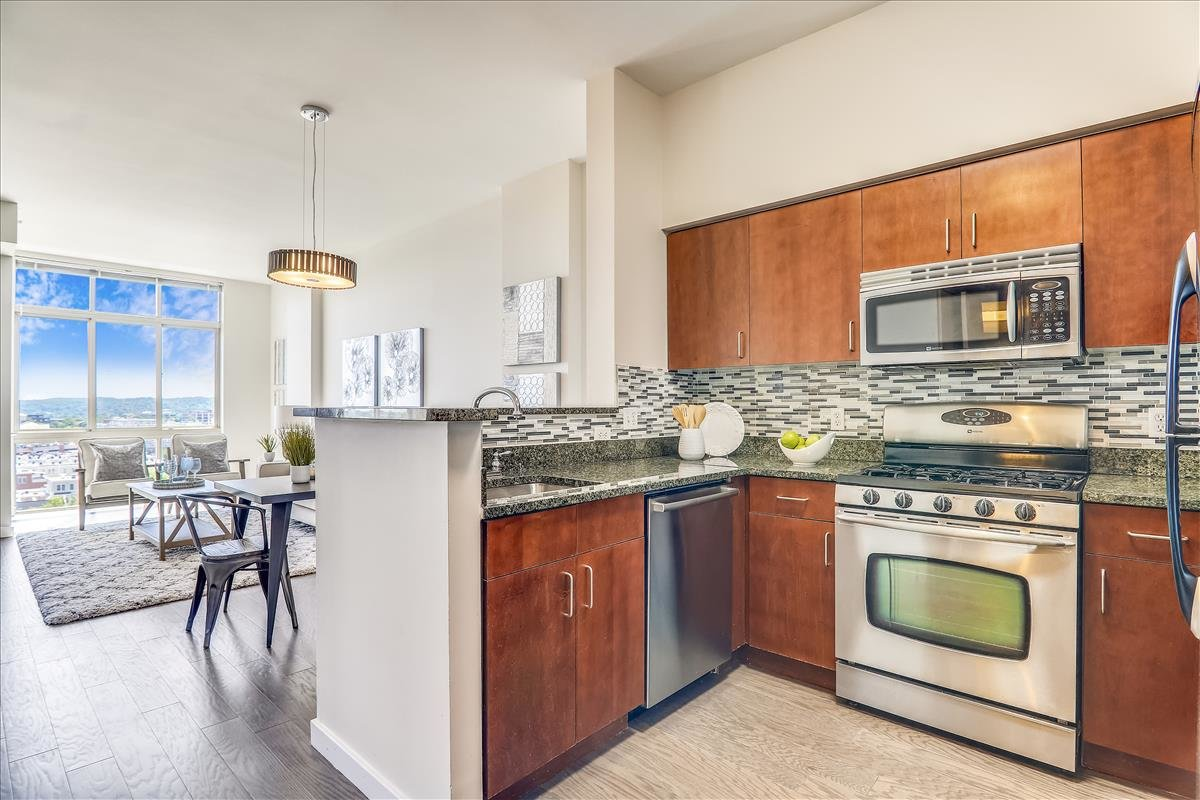 1000 NJ Avenue SE #1217_Kitchen 1