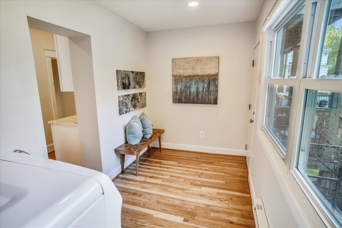 3218 10th Street NE_Sunroom 1