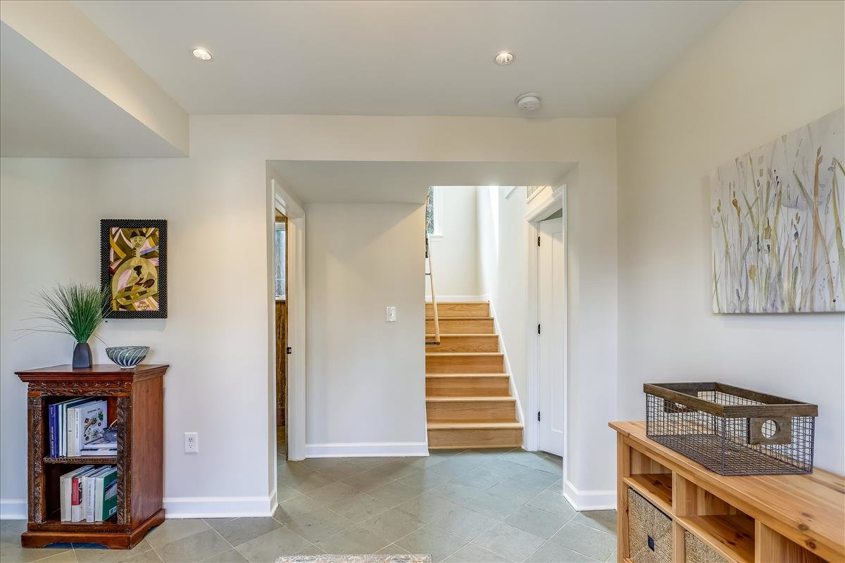3300 13th Street NE_Entryway 2