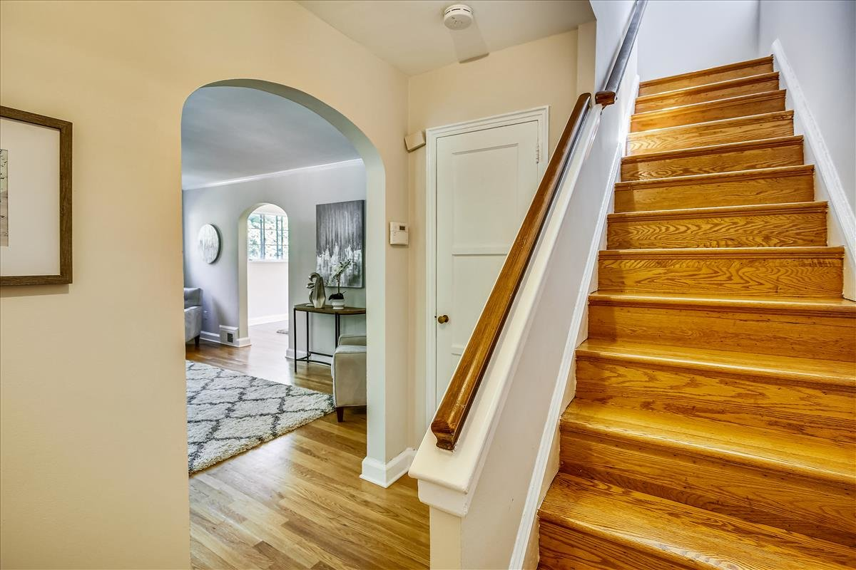3723 14th Street NE_Foyer 1