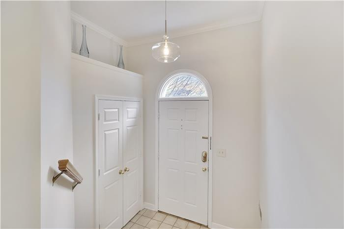 10944 Rocky Mount Way Foyer