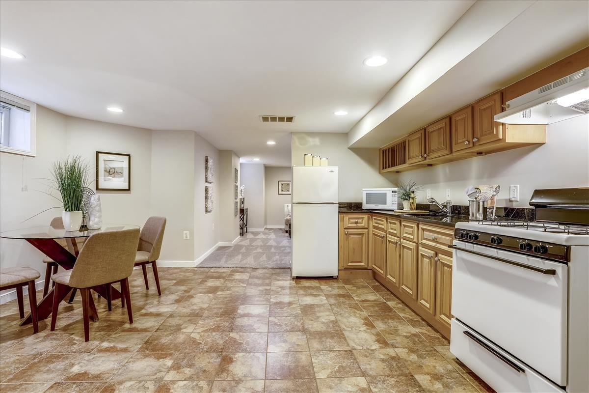 2815 6th ST NE Washington DC In-Law suite kitchen