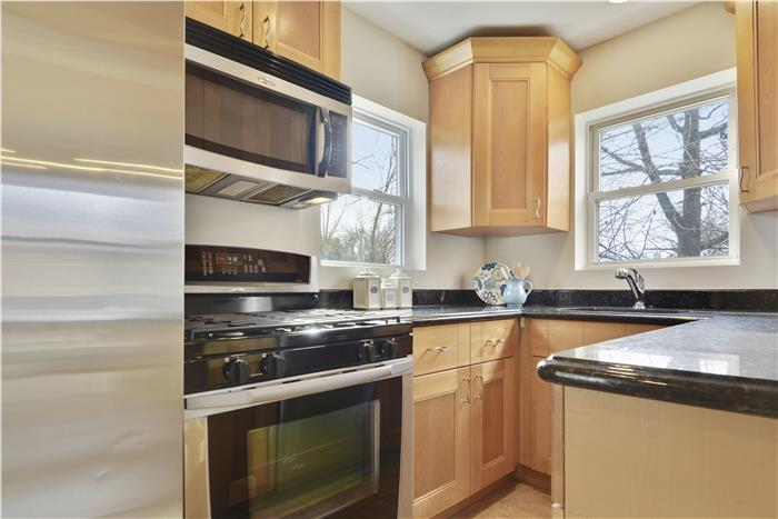 2825 63rd Ave Cheverly, MD Kitchen 1