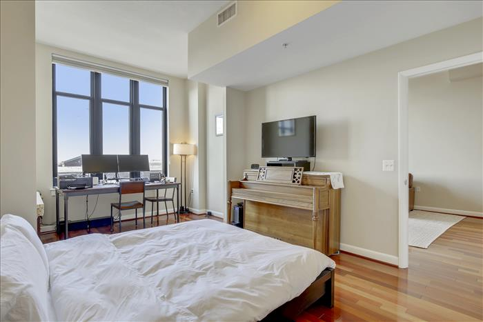 400 Massachusetts Ave NW #PH1301 bedroom