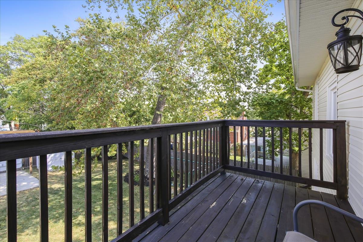 905 Quackenbos ST NW Washington DC deck off master bedroom