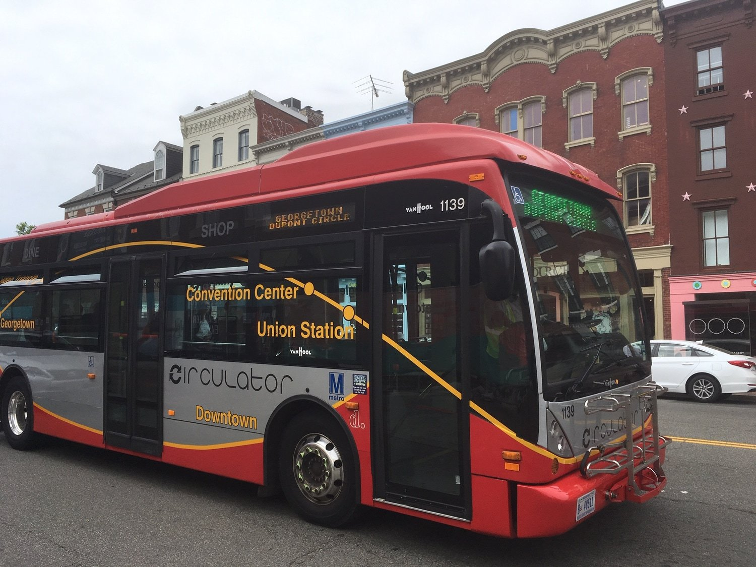 Circulator Bus - Georgetown - Washington, DC